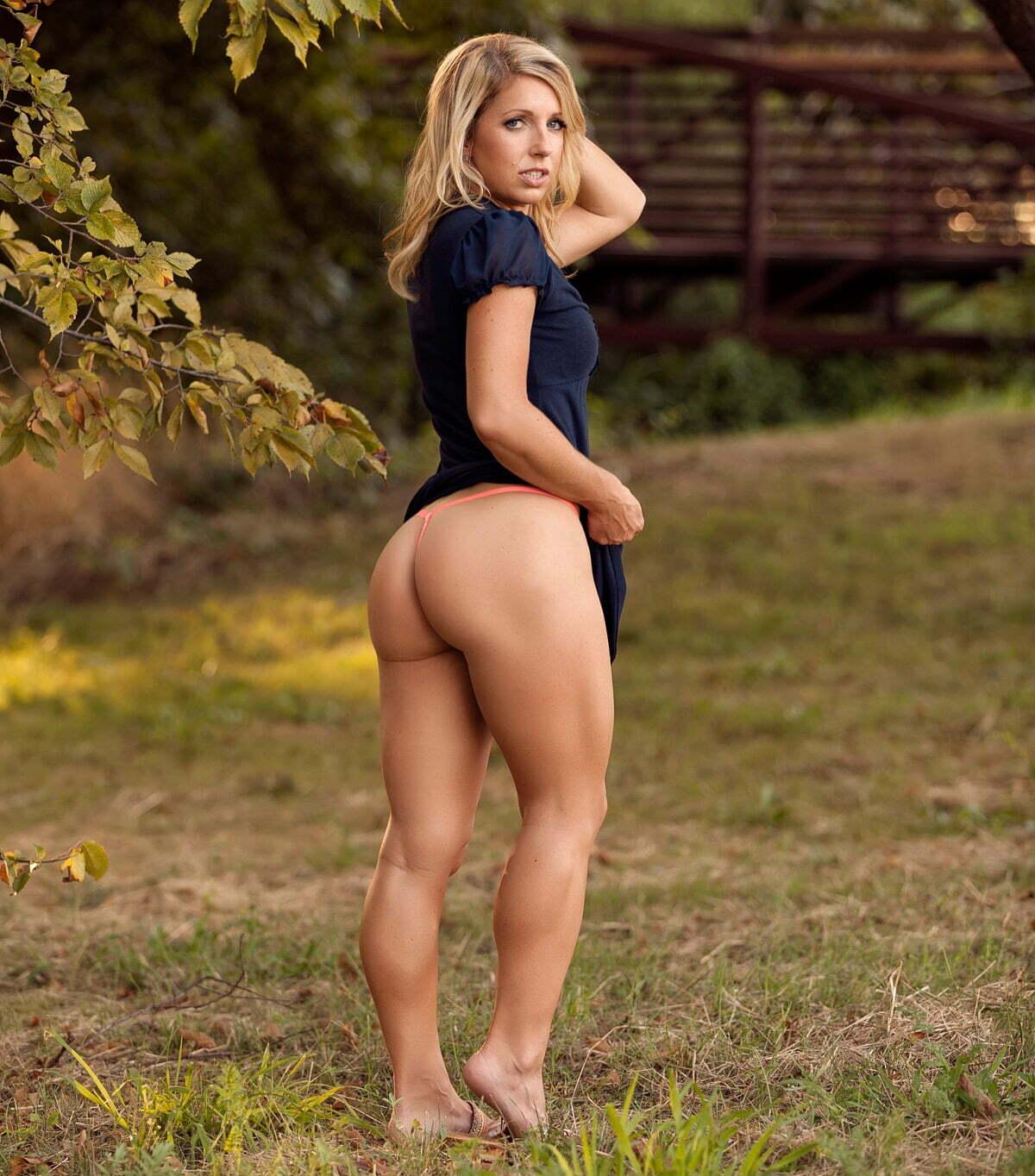 Courtney ann, texas thighs